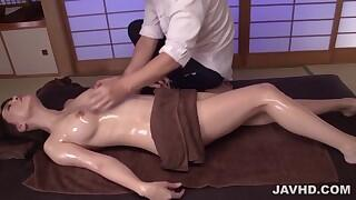 Massage ends with serious hard sex